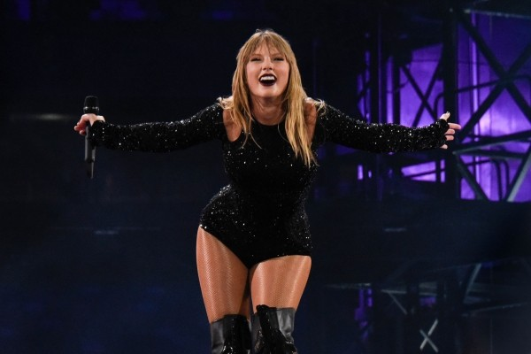 REPUTATION STADIUM TOUR: EAST RUTHERFORD, NEW JERSEY (NOC 3)